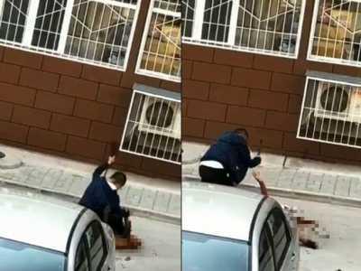 男子砍死女邻居 男持菜刀将女邻居活活砍死