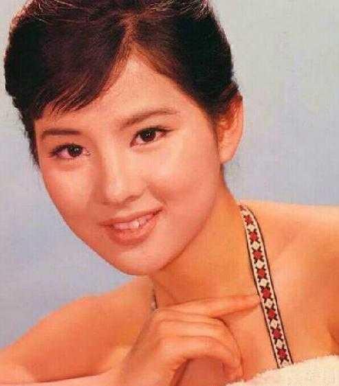 日本最美女星出�t 69�q吉永小百合居榜首