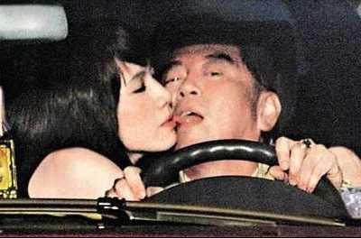 蔡郁璇 美女主播老公与女教师在高速路偷情被拍